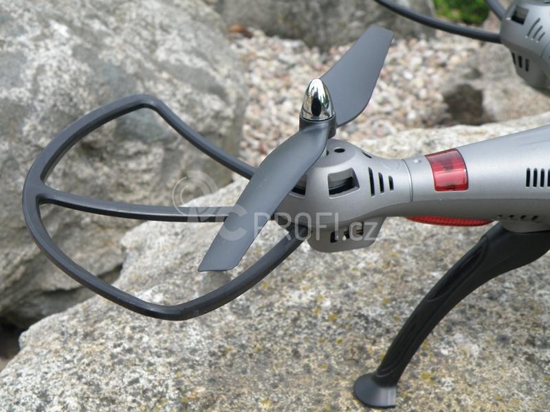 RC dron K800FPV  f0f5f09e86