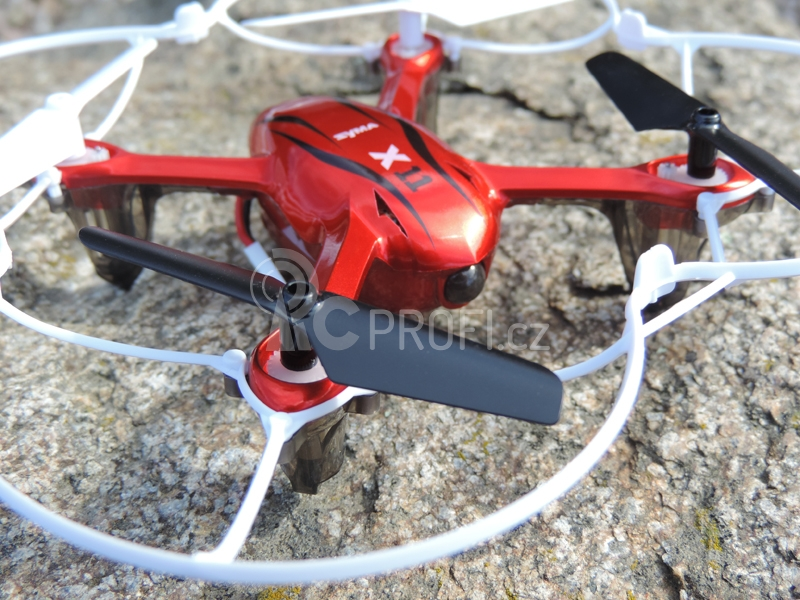 RC dron Syma X11